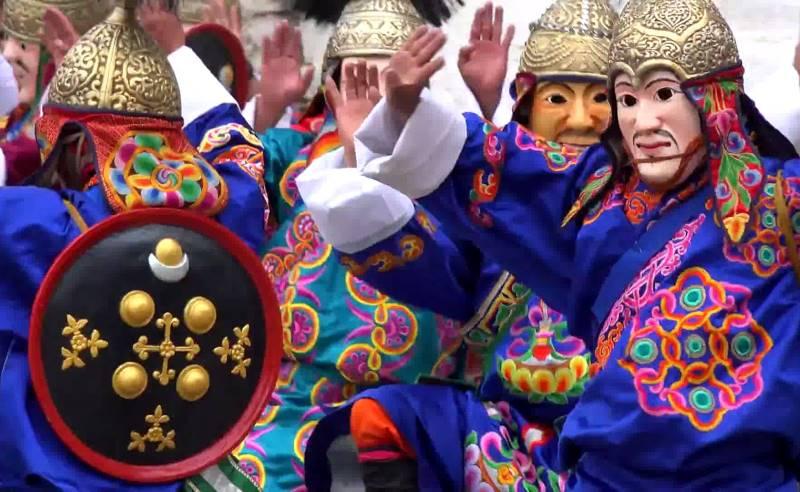 Paro-Tshechu-Festival-Tour