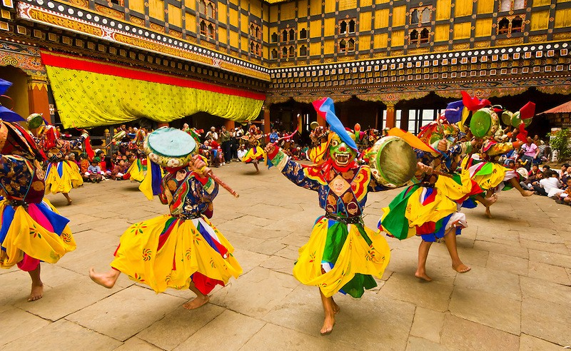 bhutan-festival-tour