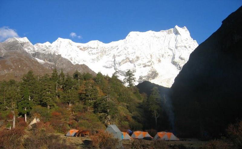 bhutan-laya-gasa