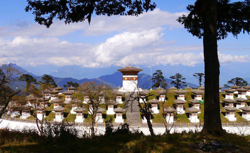 dochulla bhutan tour
