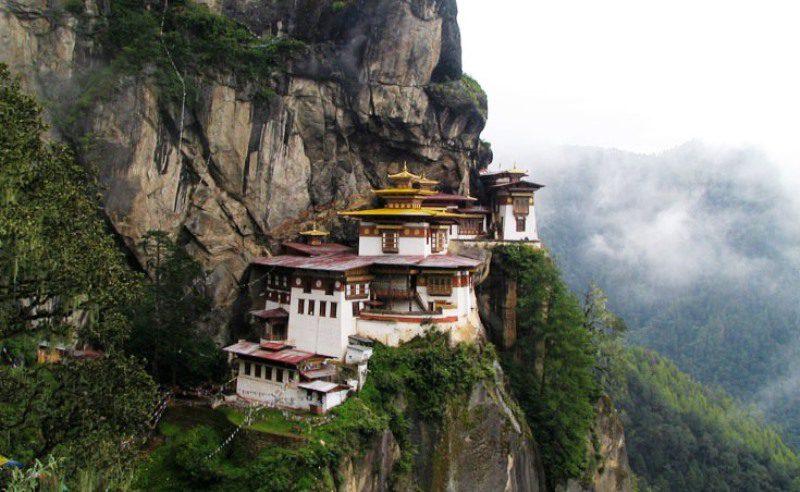 hike_to_taktsang_monastery