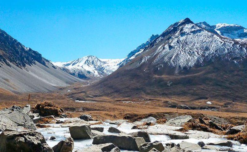 jomolhari trekking in bhutan